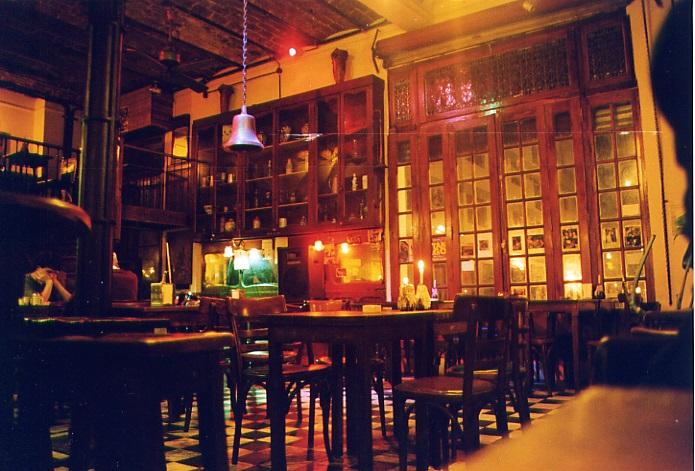 Typische Bar in Buenos Aires
