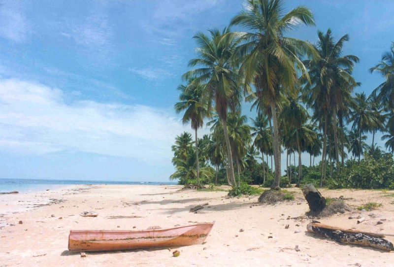 Las Terrenas - Strand mit Boot