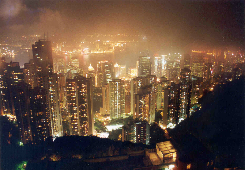 victoria-peak-at-night