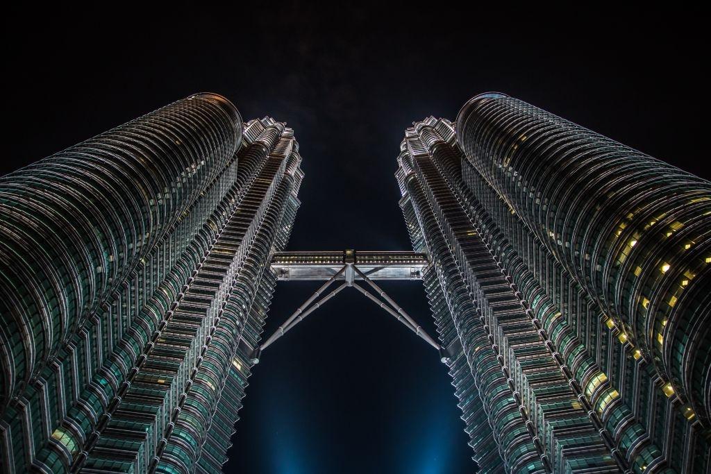 Petronas Towers bei Nacht, Sehenswürdigkeiten in Kuala Lumpur
