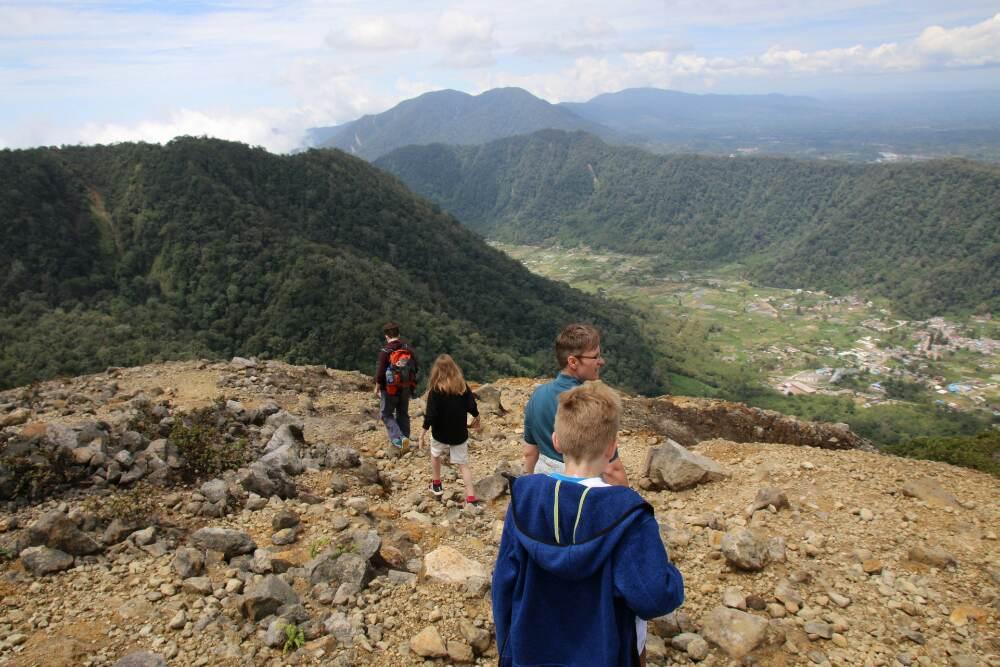 Gunung Sibayak - Einstieg in den Abstieg