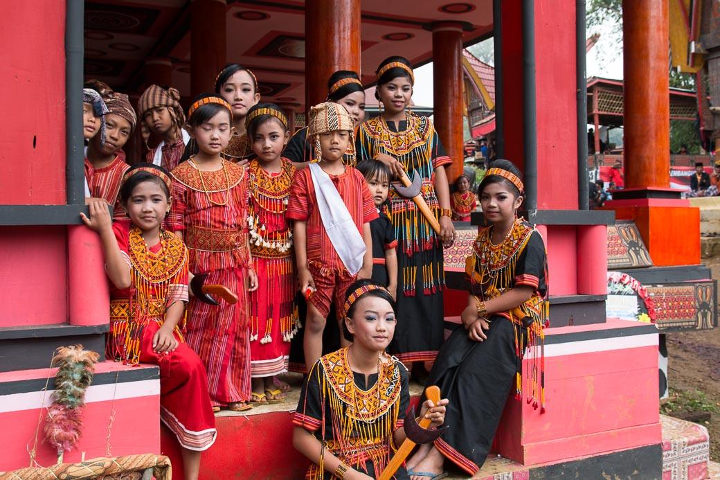 Zu Gast bei einer Tana Toraja-Beerdigung