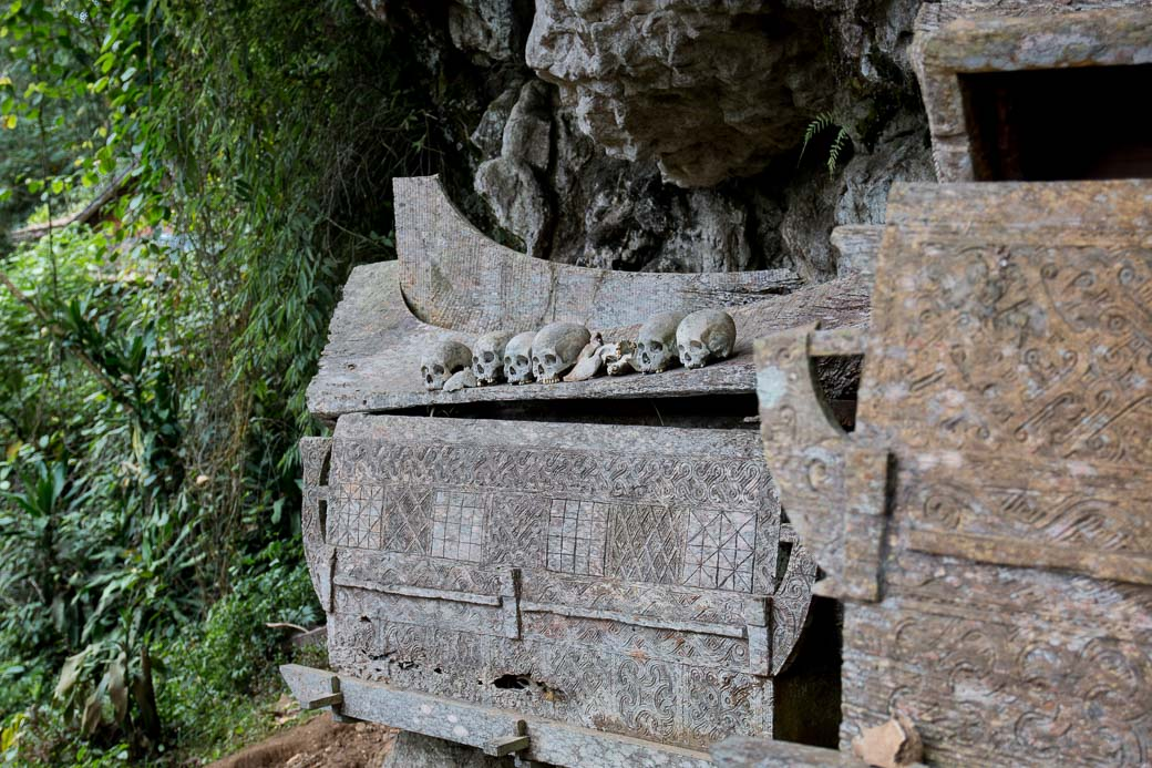 Die Felsengräber vonKete Kesu auf eigene Faust
