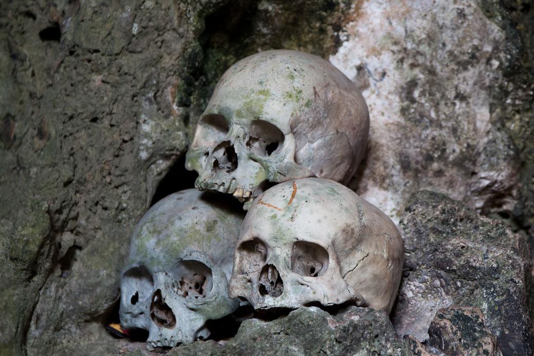 Totenköpfe, Felsengräber von Londa