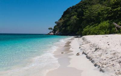 Traumhafter Boottrip nach Pulau Tulai zum Schnorcheln