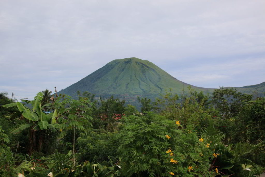Minahasa Vulkan Empung