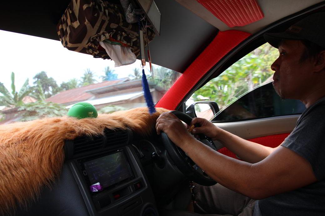 Tentena Fahrt im Auto