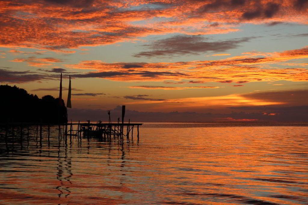 Togians Poki-Poki Sonnenuntergang
